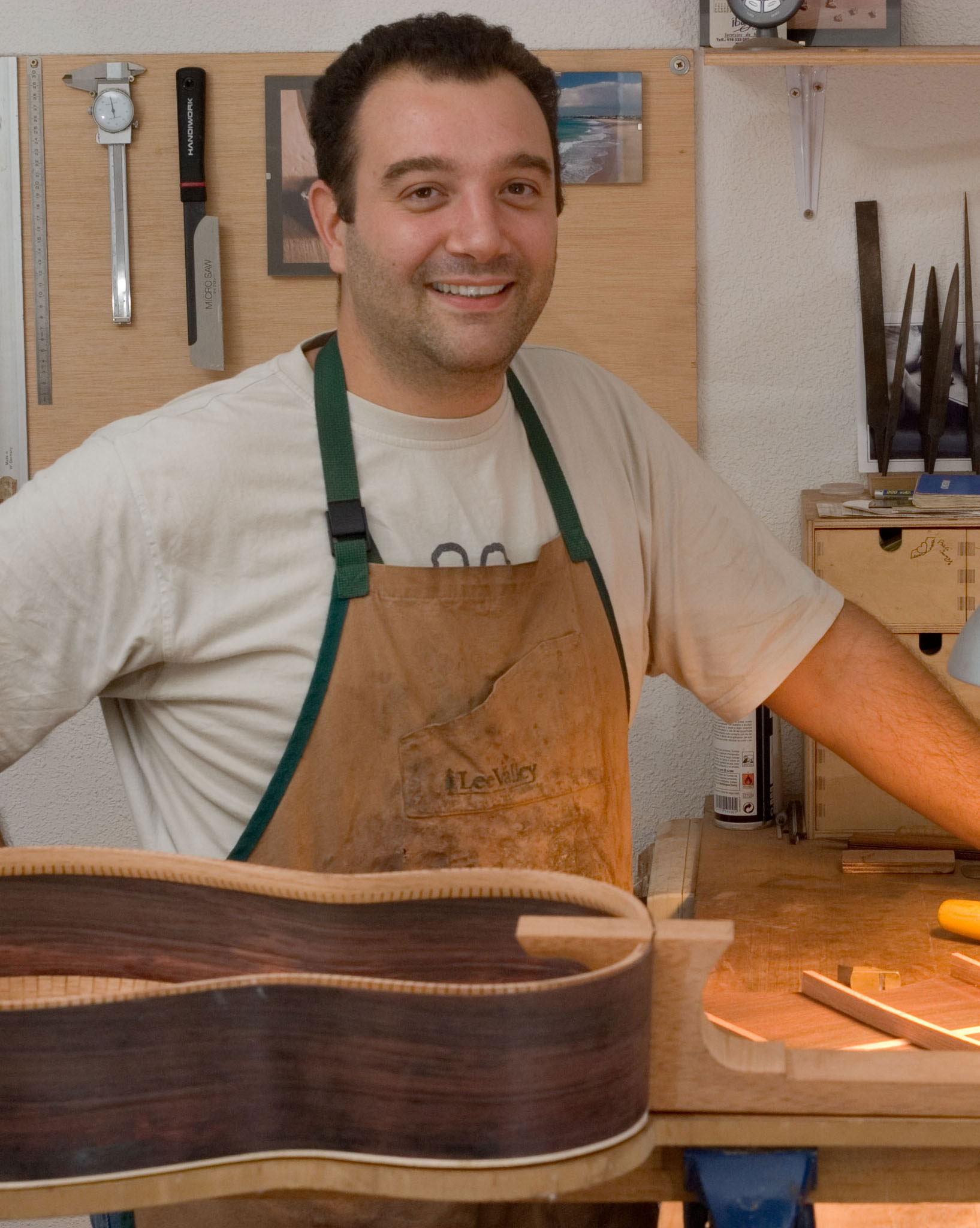 Daniele Chiesa - Fine Classical Guitar Builder